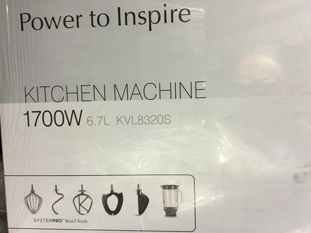 Kenwood Chef XL Titanium KVL 80 mit Profi-Paket 8320S und Deutschem Kochbuch